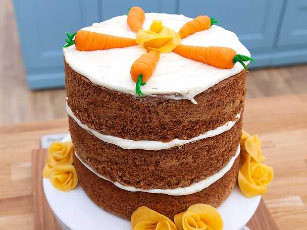 Hög morotstårta