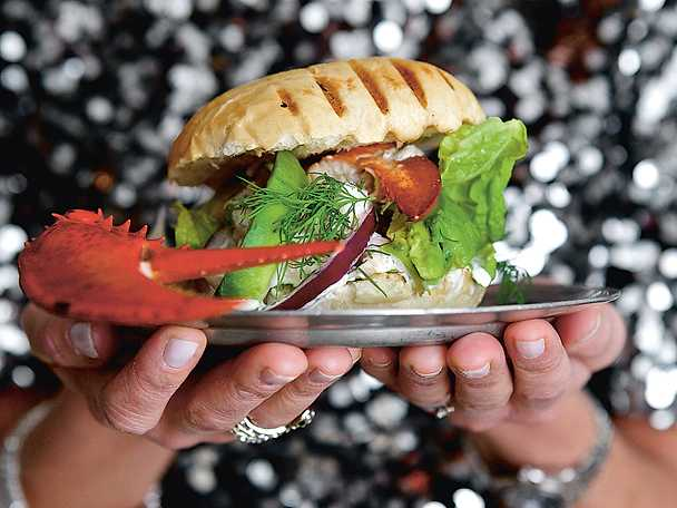 Hummer burger deluxe