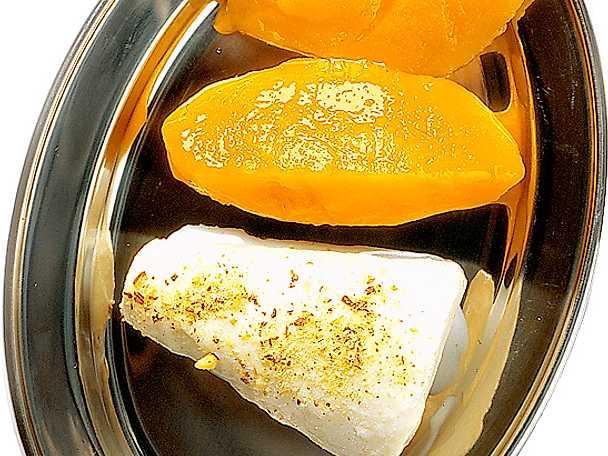 Indisk glass med pistagemandel