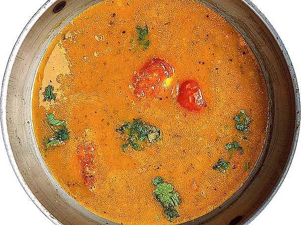 Indisk grönsakssoppa