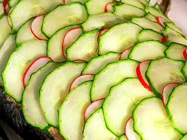 Inkokt lax med gurka