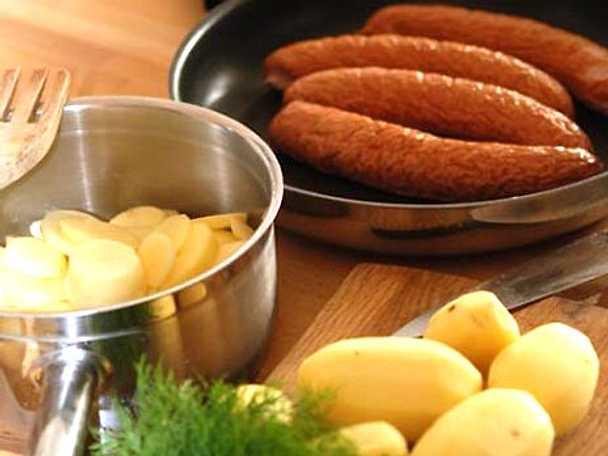 Isterband med dillstuvad potatis och rödbetor