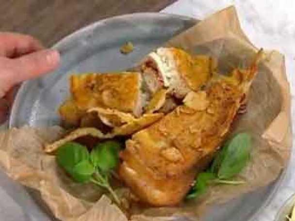 Italiens grillmacka med frasig ostkrona