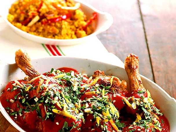 Italiensk kyckling med mustig tomatsås och gremolata