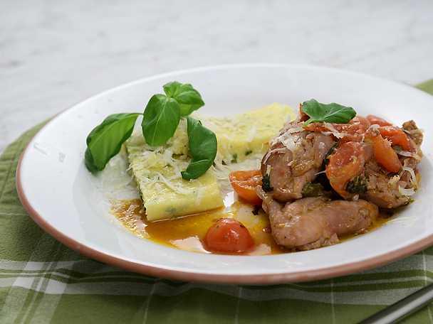 Italiensk kycklinggryta med parmesanpolenta