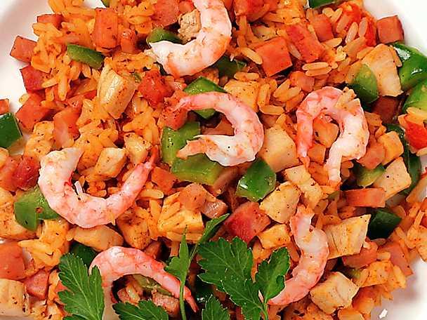 Jambalaya med räkor, kyckling och skinka