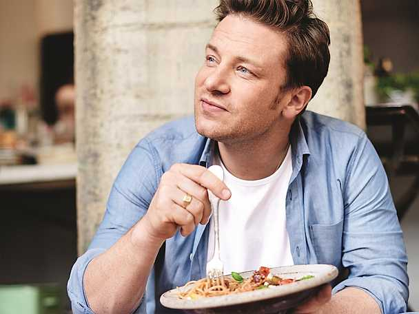 Jamie Oliver profilbild äter pasta