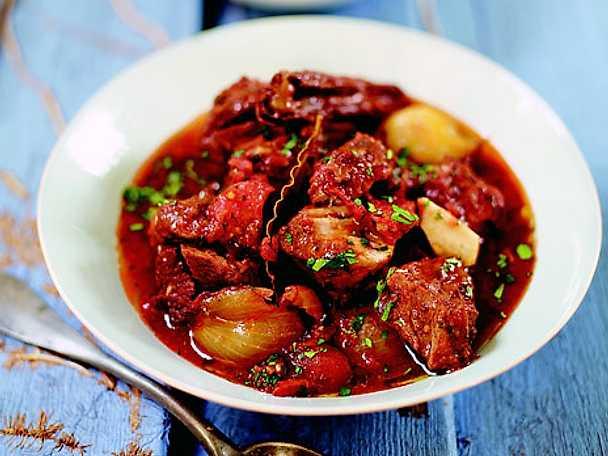 Jamie Olivers grekiska köttgryta