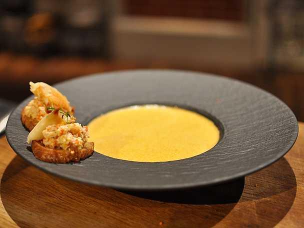 Jens krabbsoppa med toast