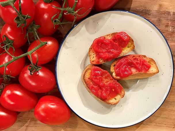 Jessica Frejs Pan con tomat