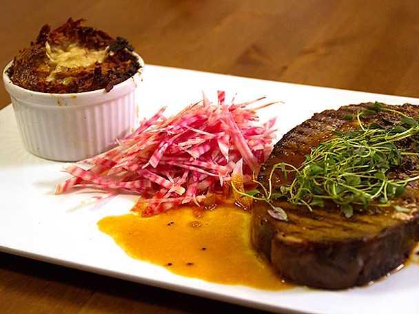 Jönssons potatisterrin med hängmörat nötkött