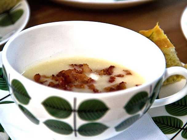 Jordärtskockssoppa med långpannebröd