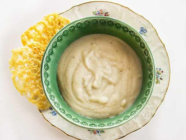 Jordärtskockssoppa med ostchips