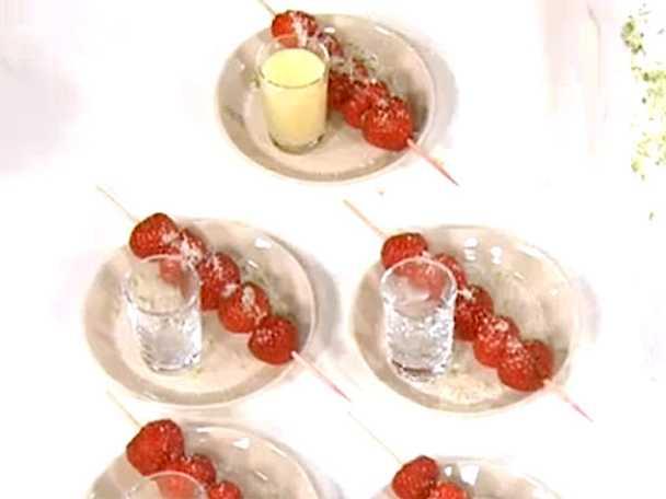 Jordgubbsspett med limesabayonne