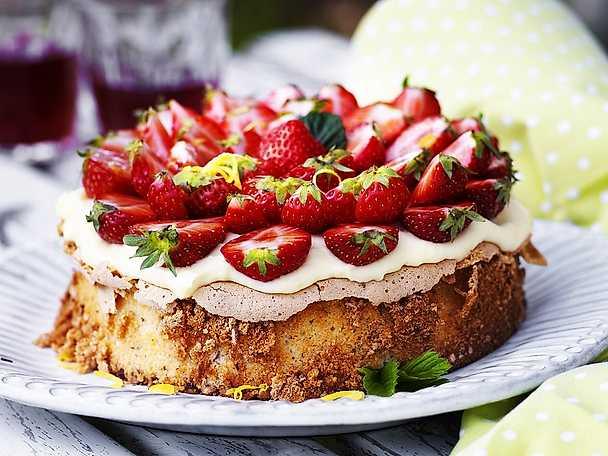 7 tårtor att imponera med på midsommar