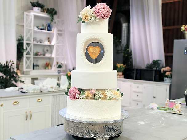 Josefins bröllopstårta med apelsin, choklad och hasselnötter