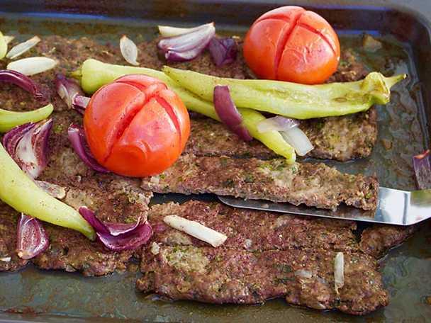 Kafta - lättlagad köttfärskebab i långpanna