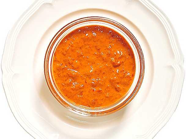 Kall kryddig paprikasås
