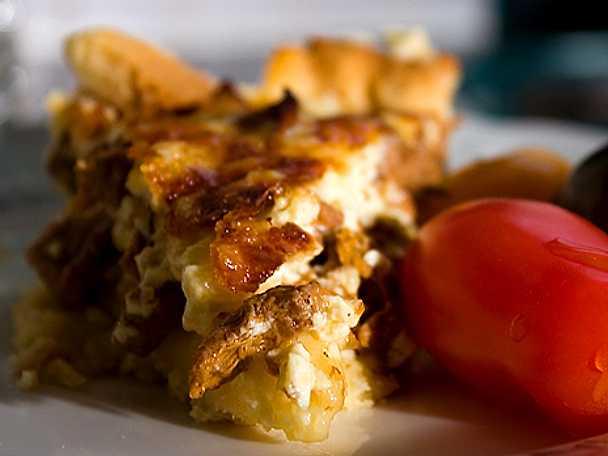 Kantarellpaj med flera ostar