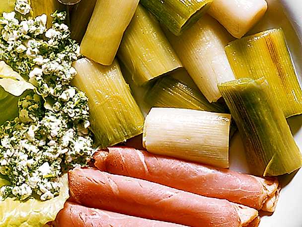 Keso, kryddgrönt och skinka