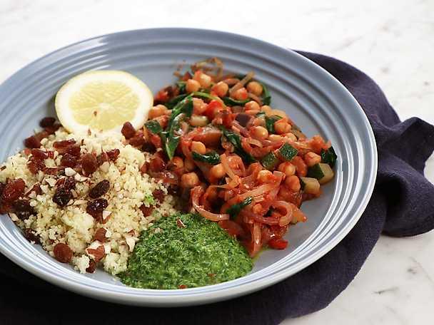 Kikärtsfräs med couscous och chimichurri