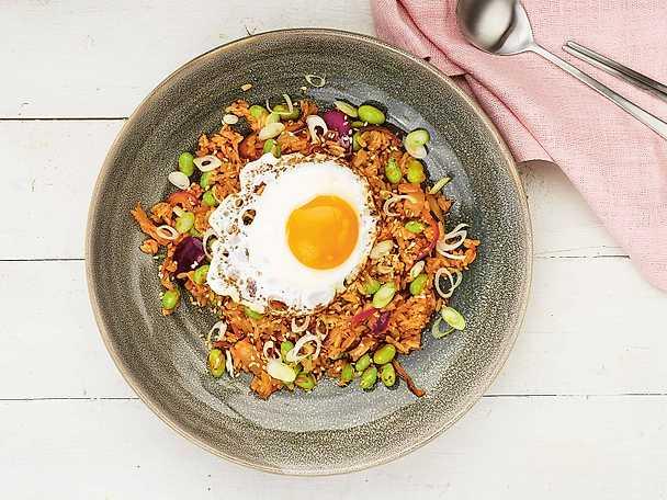 Kimchi fried rice med edamame