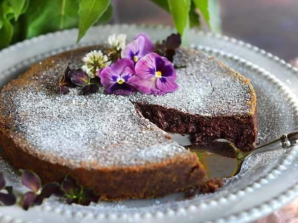 Kladdig chokladtårta ny
