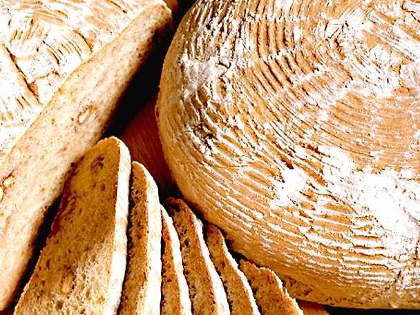 Klosterbröd med valnötter
