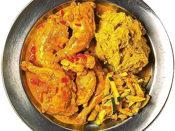 Kokbananpuré med kyckling