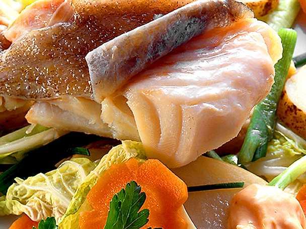 Kokt torsk med grönsaker