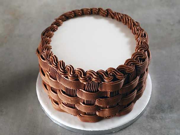 Korgspritsning på tårta - se & gör