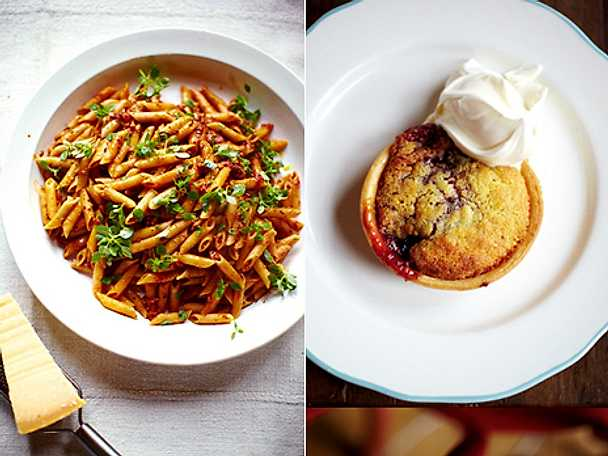 Korv- och grönsakspasta med söta minipajer