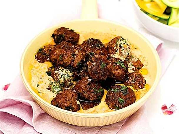 Gula Koket : Kottbullar med brunsos  Recept fron Koketse