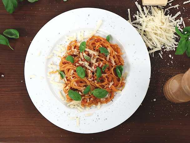 Krämig snabb tomatsås