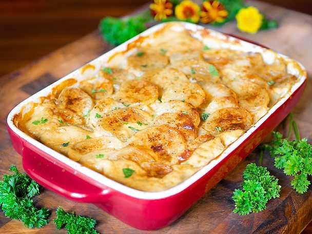 Krämig, vegansk potatisgratäng