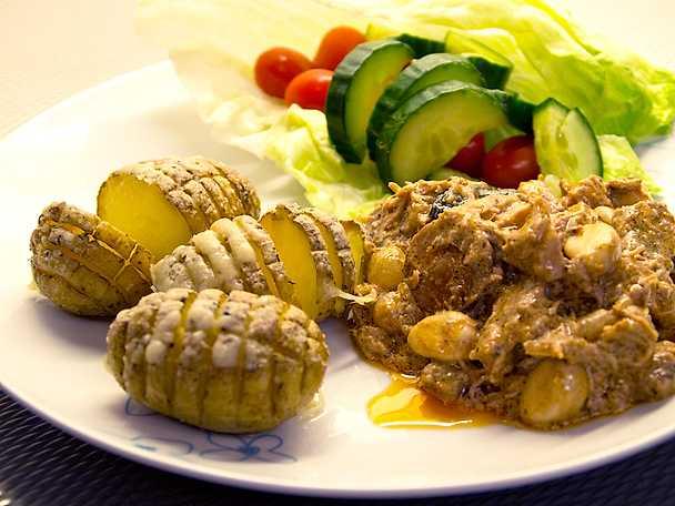 Kreolsk köttgryta med hasselbackspotatis