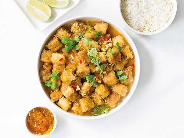 Krispig tofu med mango chutney