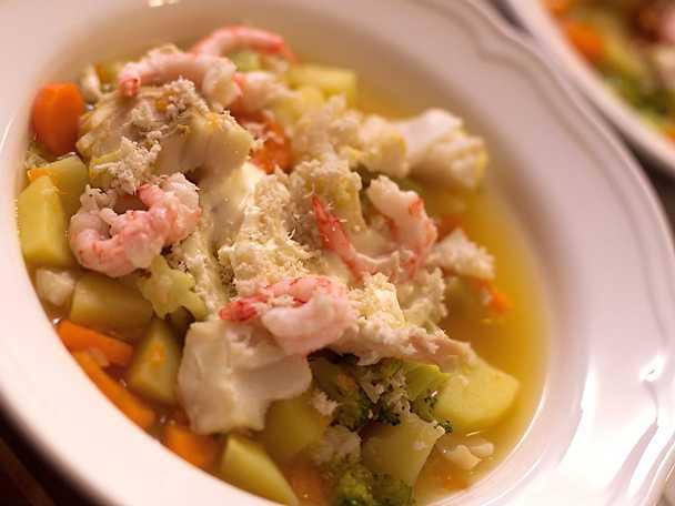Kryddig fisksoppa med smak av varma källor