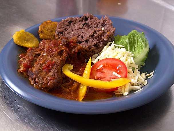 Kubansk lammgryta - Ovejo en salsa och chatino