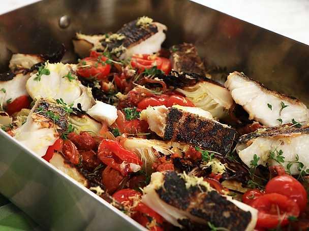 Kummel med chorizo och tomat