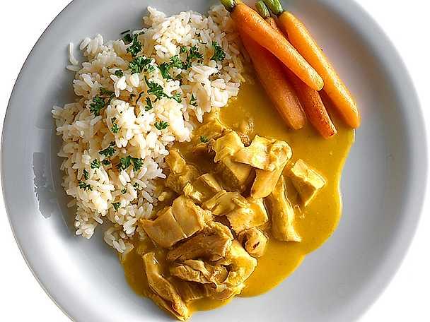 kyckling i currysås med ris