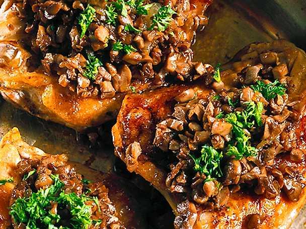 Kyckling med svamp- och nötröra