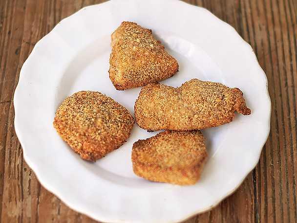 Kyckling-nuggets med parmesansmul