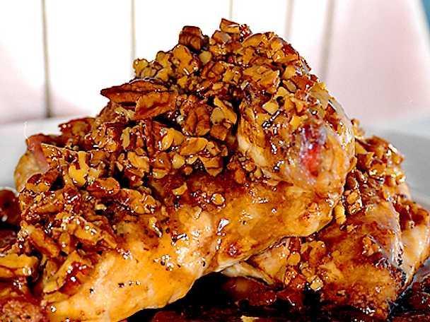 Kycklingfilé med pecannötter och lönnsirap