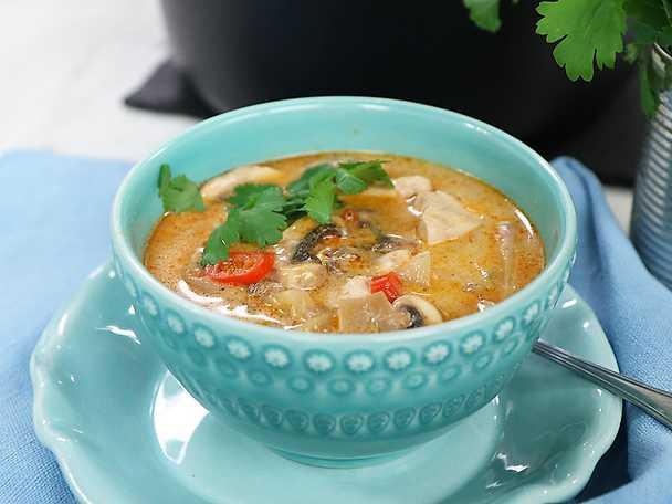 Kycklinggryta röd curry med kokosmjölk