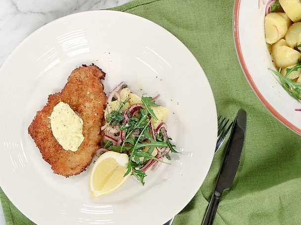 Kycklingschnitzel med potatissallad