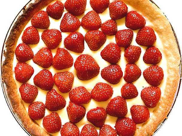 Läckraste jordgubbspajen