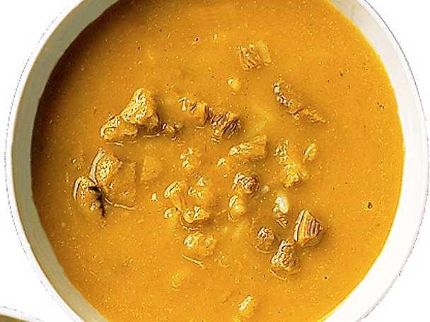 Lamm- och grönsakssoppa med jordnötssmör