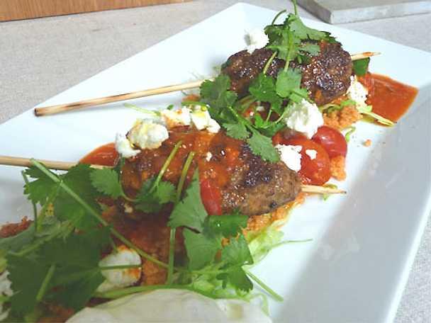 Lammkebab med tomatsalsa och couscous