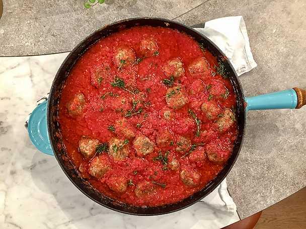 Lammköttbullar i tomatsås